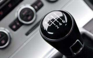 Посторонние звуки при переключении передач на рено логан: причины и видео