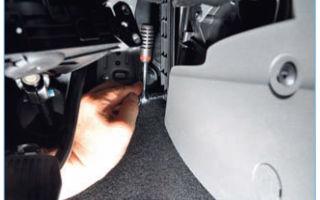 Замена салонного фильтра в ford focus i, ii и iii: фото- и видеообзор