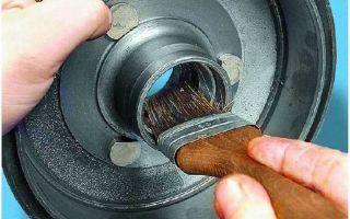 Предназначение смазки, инструкция, как смазать подшипник ступицы колеса своими руками