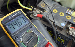 Каким должно быть напряжение бортовой сети автомобиля, как его повысить самому?